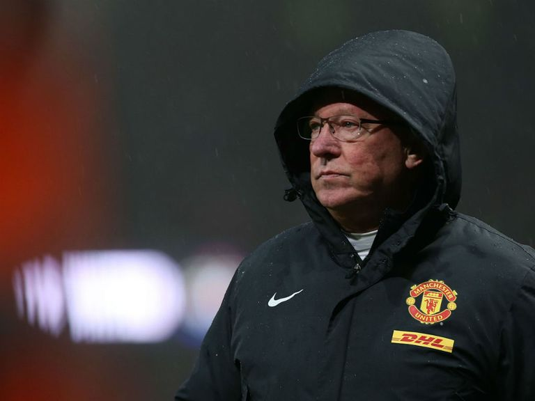 Sir Alex Ferguson: No access to United training