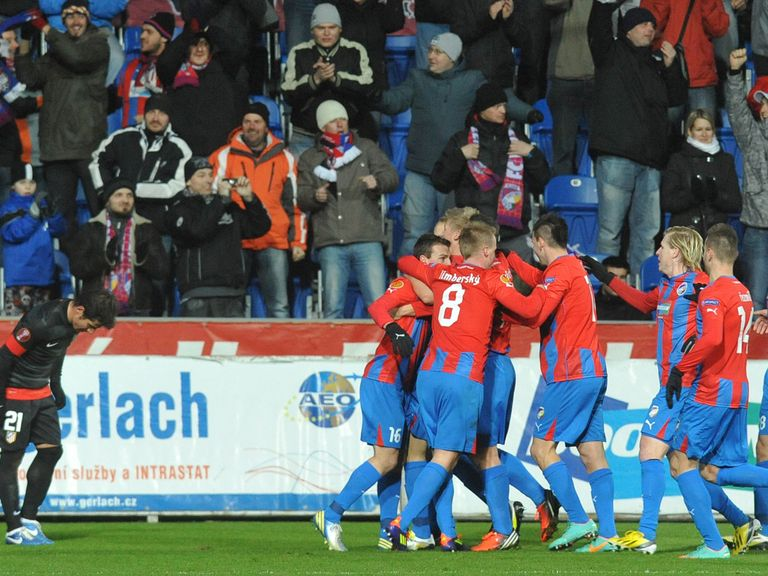 Plzen celebrate against Atletico