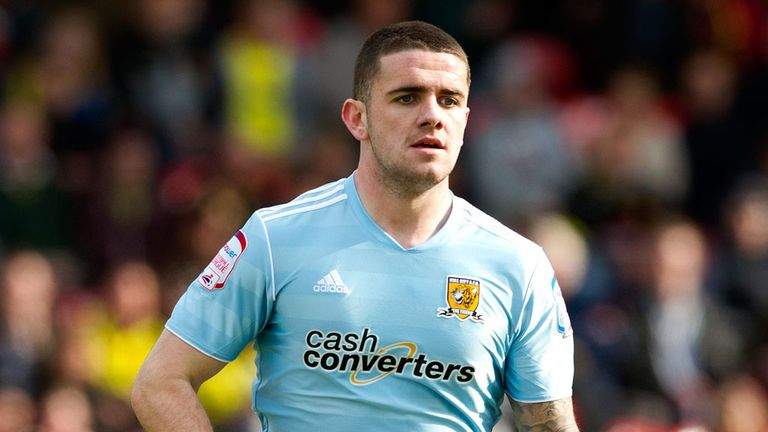 Robbie Brady: Having a medical at Hull City