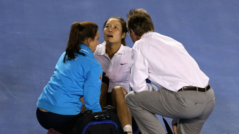 Li Na: Required treatment on an ankle and a bang on the head during defeat to Victoria Azarenka