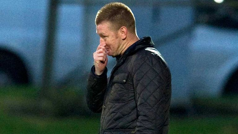 Steve Lomas: Unhappy after the cup battle of the Saints