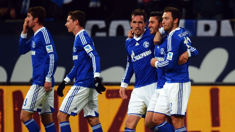 Schalke: Hoping to topple Bayern Munich