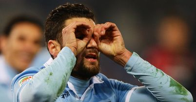 Lazio buy share of Candreva