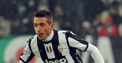 Emanuele Giaccherini: Free to discuss a switch to Sunderland
