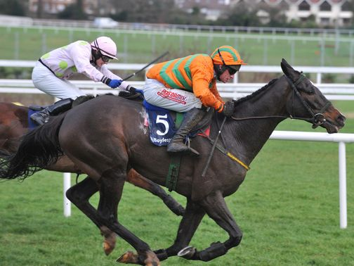 Texas Jack gets up under Paul Carberry