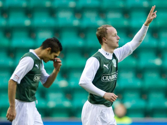 Leigh Griffiths celebrates scoring for Hibernian