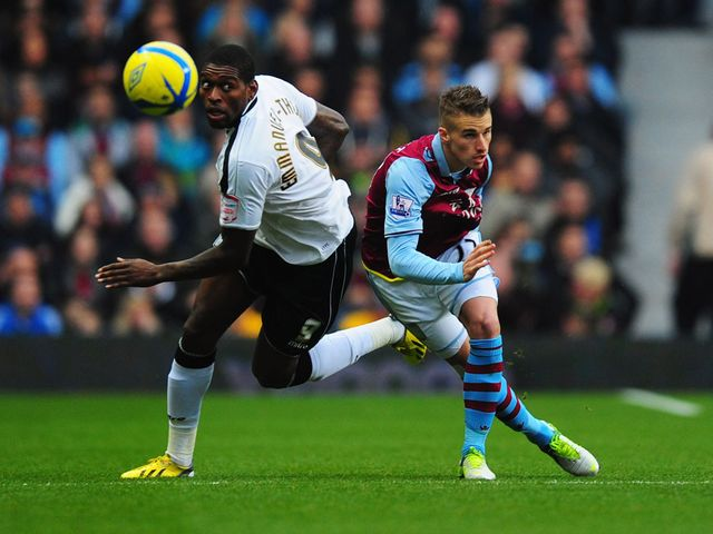 Jay Emmanuel-Thomas gets the better of Joe Bennett