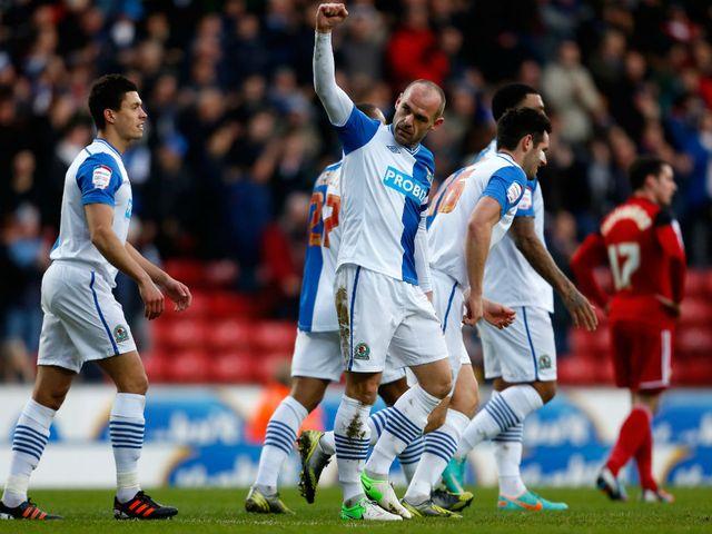 Danny Murphy celebrates his goal