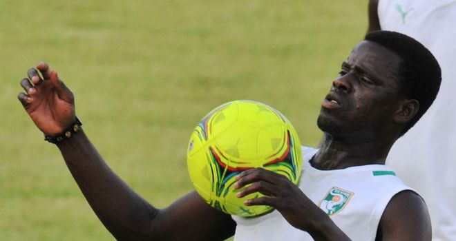 Emmanuel Eboue: 'When I am with the team, it really reminds me of a family, because everybody is happy and cheerful'