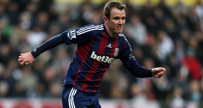 Glenn Whelan: Targeting a first Premier League win of 2013 against Wigan on Tuesday