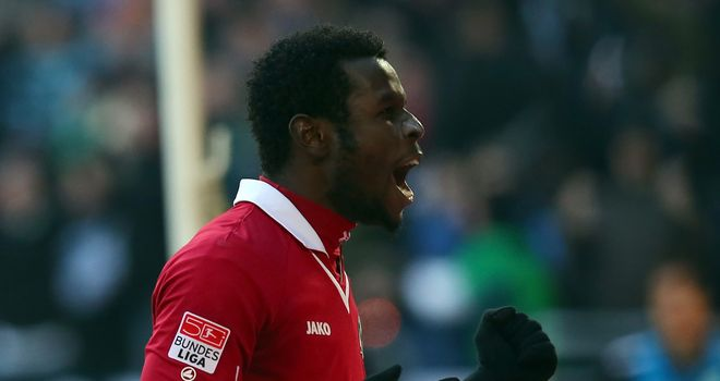 Mame Diouf: Scored for Hannover
