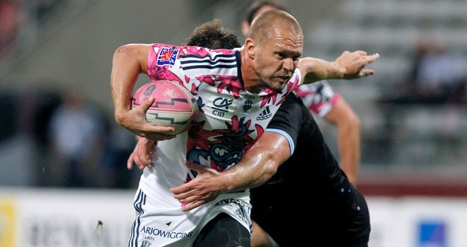 Paul Warwick: Joins Worcester next season from Stade Francais