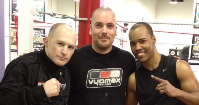 Argenis Mendez (R): With training partner Matthew Hatton and trainer Lee Beard