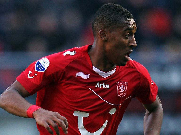 Leroy Fer: Undergoing a medical at Goodison Park