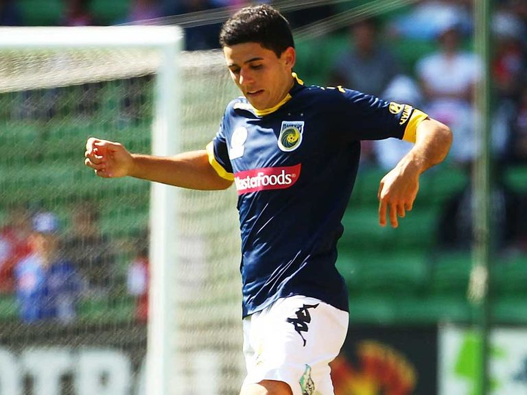 Tom Rogic: Signs four-and-a-half year deal