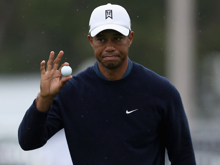 Tiger Woods: Frustrated by the fog