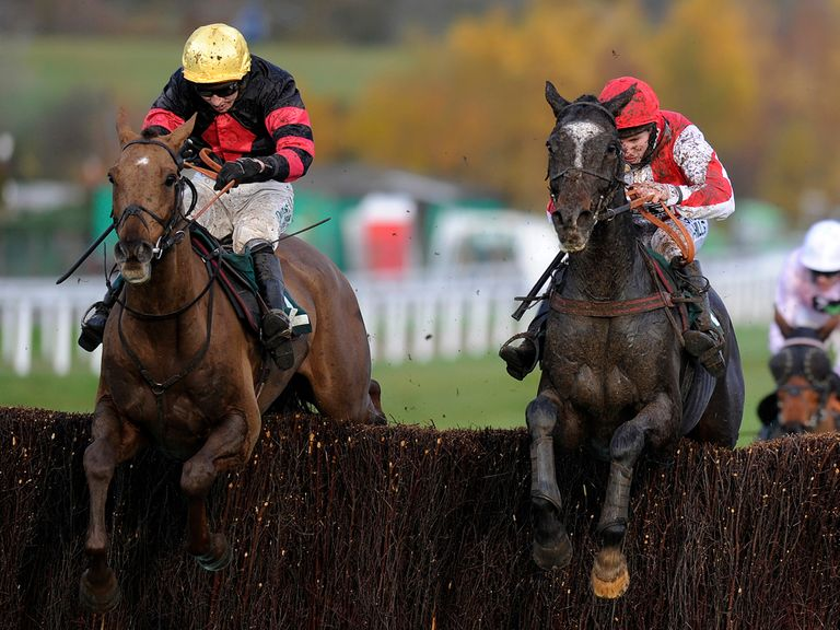 Bradley (left) goes down fighting to Monbeg Dude: Same race, different result this year?