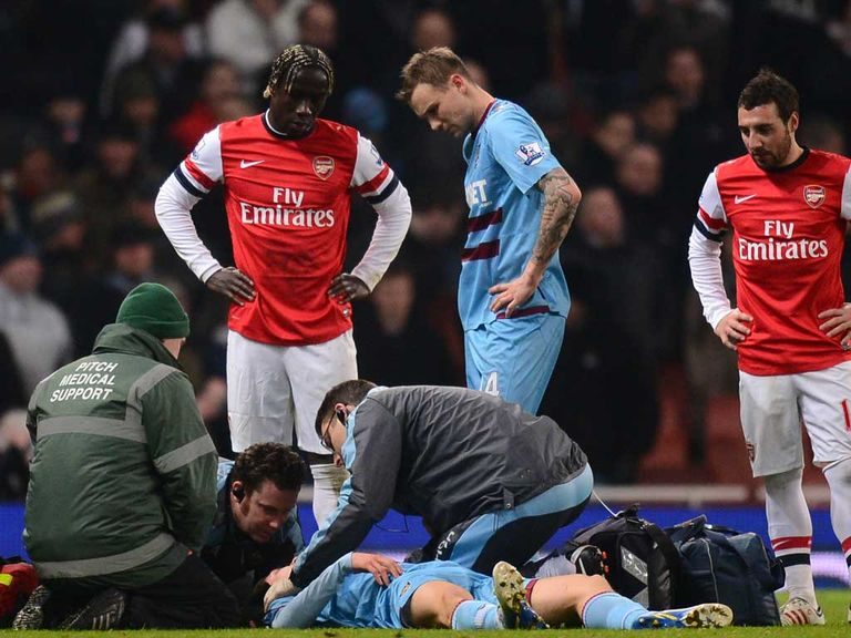 Daniel Potts: Suffered an injury at the Emirates Stadium