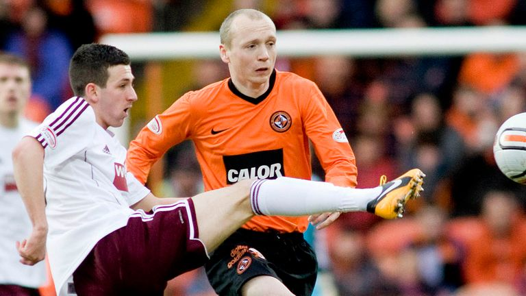 Willo Flood: Midfielder to depart Dundee United for Aberdeen