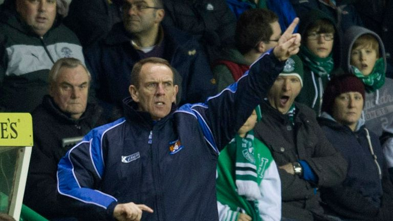 Kenny Shiels: Disappointed as his Kilmarnock side conceded two late goals at Easter Road