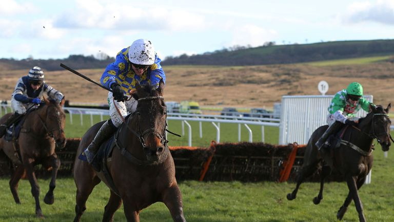 Medinas on his way to Welsh Champion Hurdle success