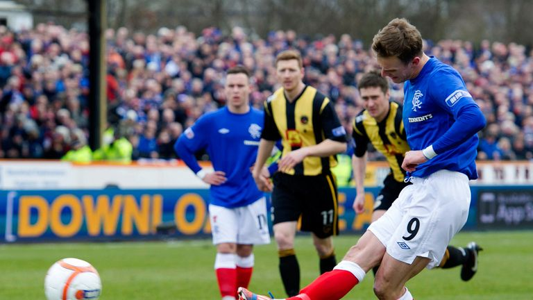 Dean Shiels: Scans on a knee injury have returned worrying results