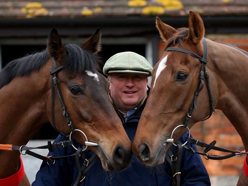 Paul Nicholls with Zarkandar (l) and Silviniaco Conti