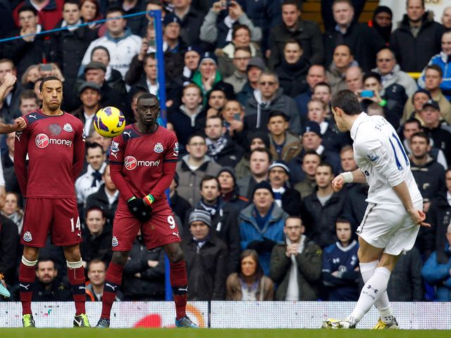 Gareth Bale opens the scoring with this free kick
