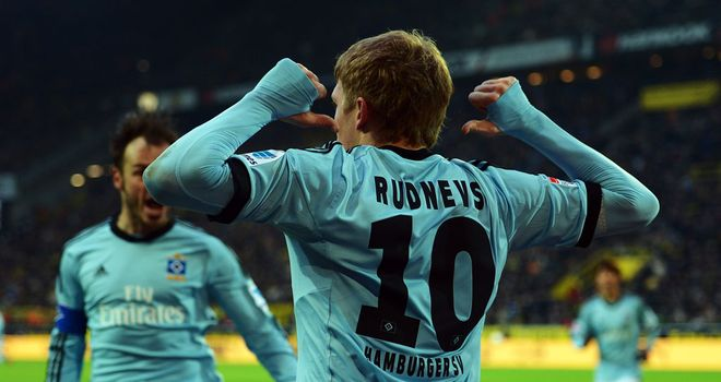 Artjoms Rudnevs celebrates a Hamburg goal