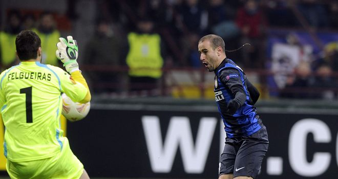 Rodrigo Palacio opens the scoring for Inter Milan