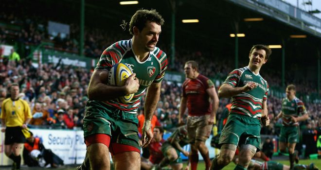 Niall Morris races in to score for Leicester Tigers