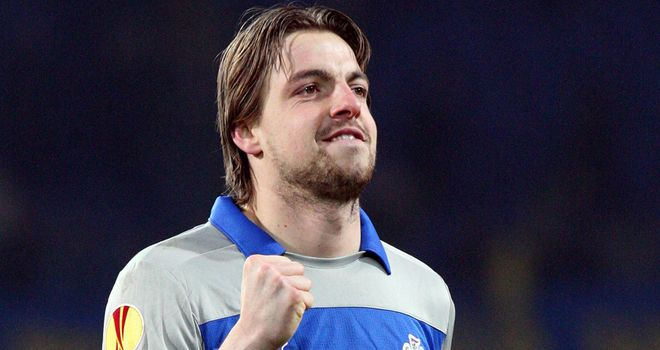 Tim Krul: 'We think he will be out for a maximum four weeks, five weeks, but we are hoping for less than that.'