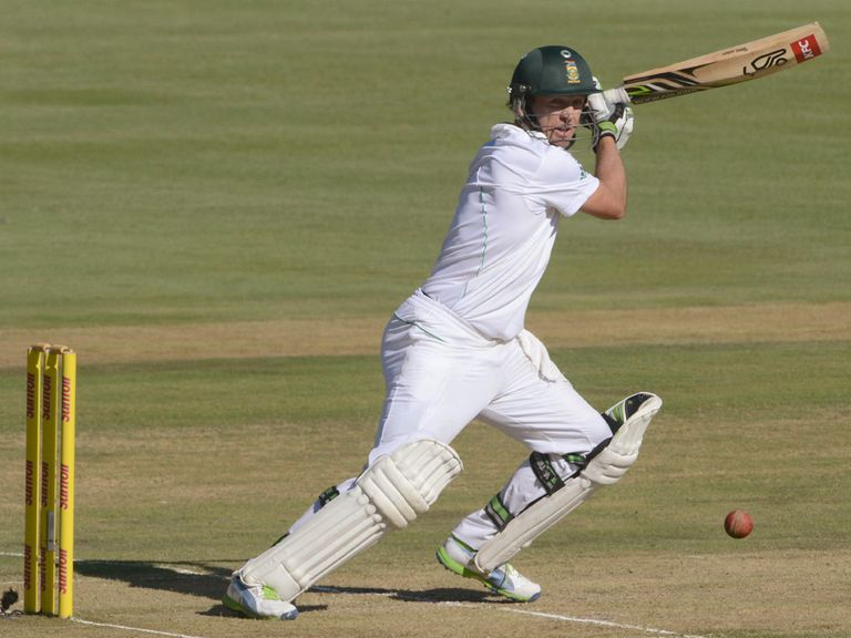 AB de Villiers: Unbeaten on 98 in Centurion
