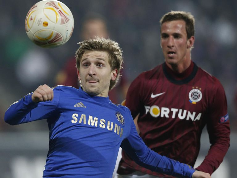 Marko Marin: Leaves Chelsea on loan