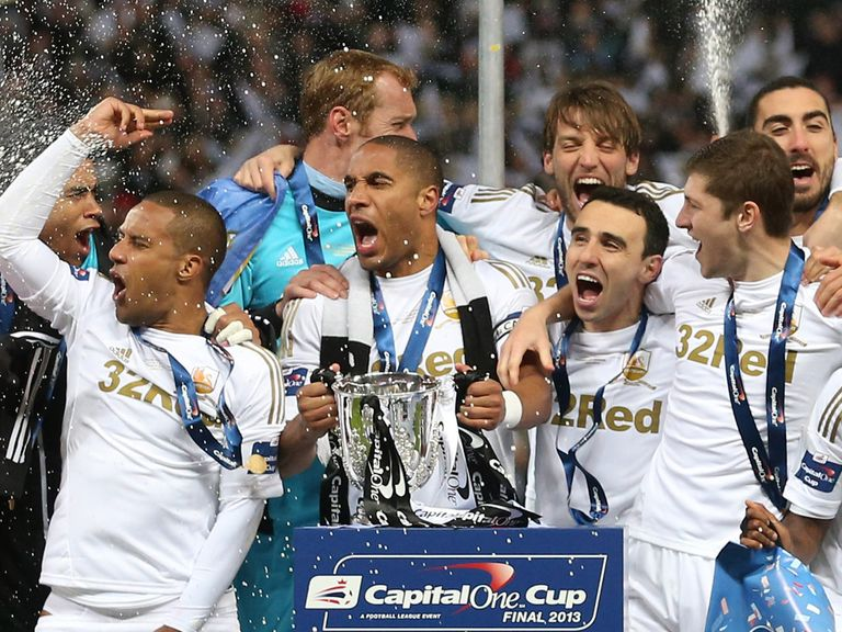 Swansea celebrate Capital One Cup success.