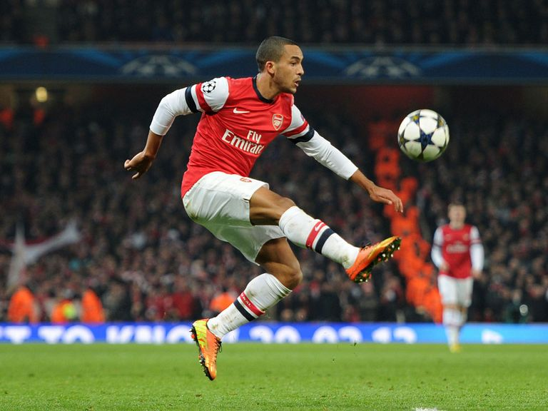 Theo Walcott: Desperate to win a trophy with Arsenal