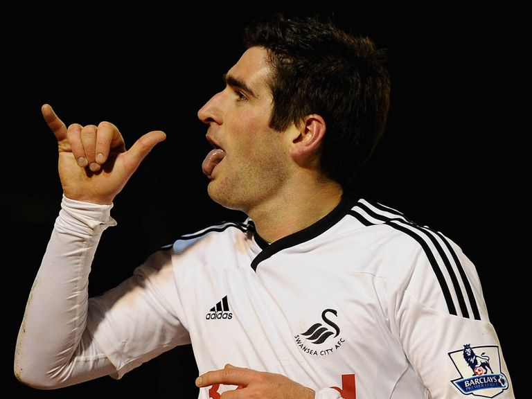 Danny Graham: Joins Hull on a season-long loan