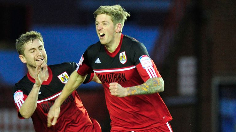 Jon Stead: Huddersfield striker wants place in the first team