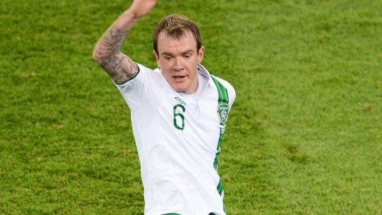 Glenn Whelan: Sustained an ankle injury