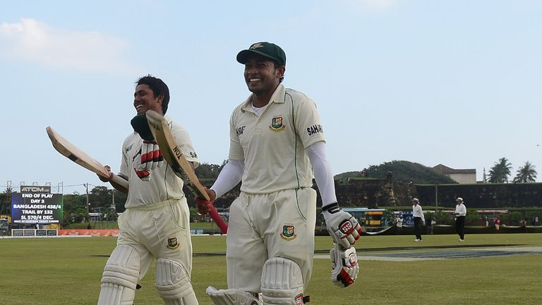 Mushfiqur Rahim (r): Named man-of-the-match