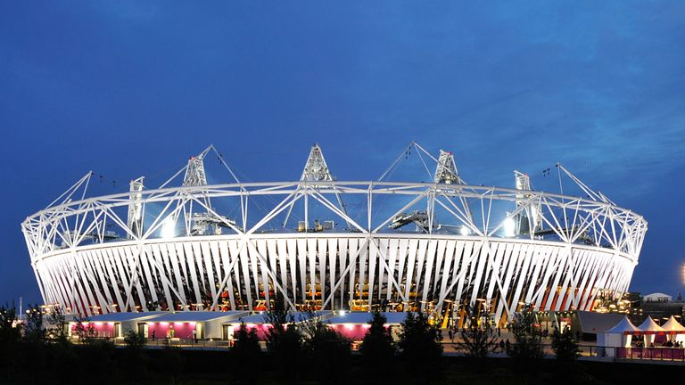 Olympic Stadium: West Ham and Leyton Orient criticised over dispute