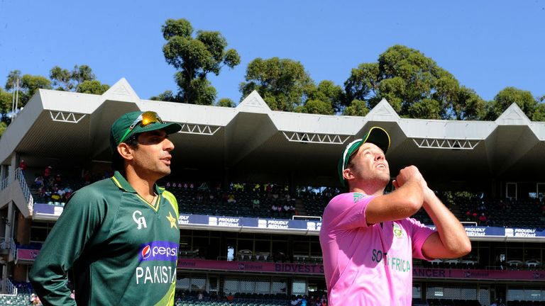 South Africa played in pink in support of breast cancer awareness.
