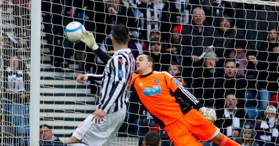 Steven Thompson: Scores for St Mirren against Hearts at Hampden