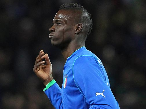 Mario Balotelli scored a stunning equaliser for Italy
