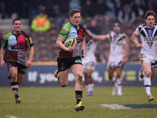 Tom Williams blasts clear to score for Harlequins