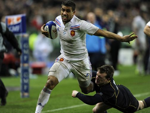 Wesley Fofana goes in for a France try