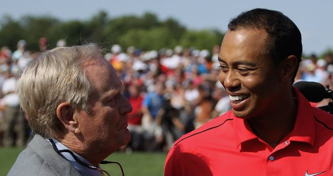 Woods (R) wants to smash Nicklaus' Major haul, says Pugh