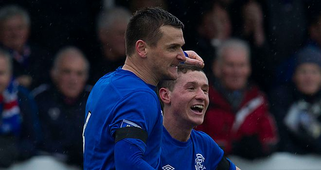 Lee McCulloch celebrates penalty winner in Elgin