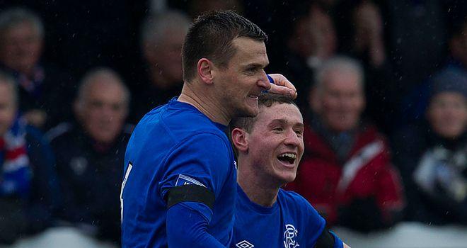 Lee McCulloch celebrates penalty winner in Elgin