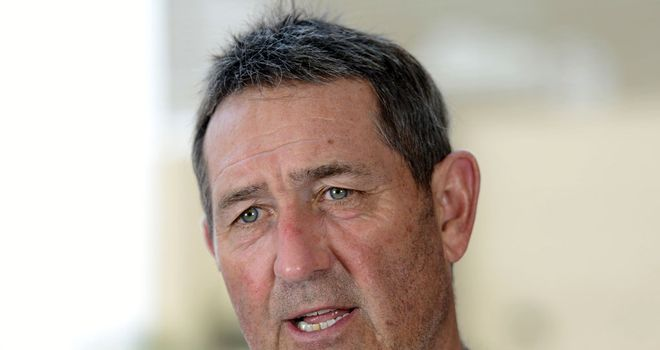 Graham Gooch: England can save Test on final day